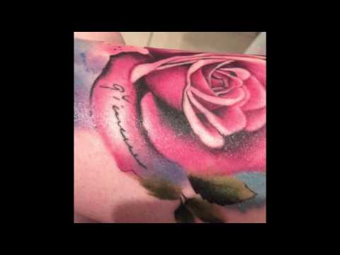Detailed tattoo healing process video - week 1