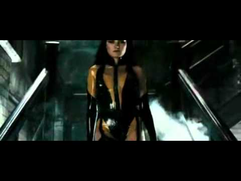 Watchmen character feature - silk spectre ii