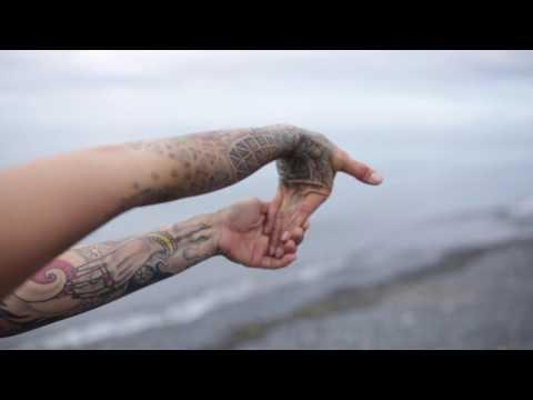 Wrist warm up - tattoo artist self-care