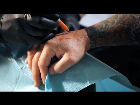 How to draw on skin | tattoo artist